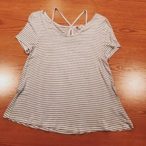 striped top ✰